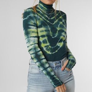 NWT Free people green psychedelic turtle top XS